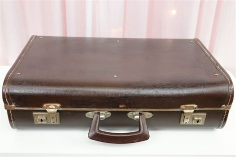 Vintage Suitcases - Small Choc Brown