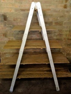 Medium Ladder A-Frame Shelf