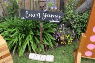 Lawn Games Pitch Fork Sign