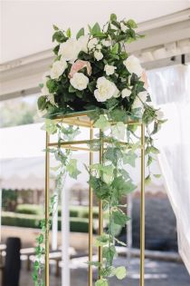 Gold Flower Stand - Extra Tall 1.8m
