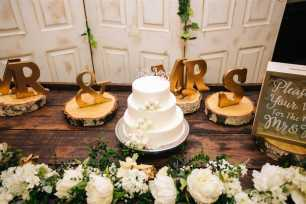 'Mr & Mrs' Wooden Letters - Gold