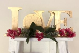 Gold Love Sign - Small