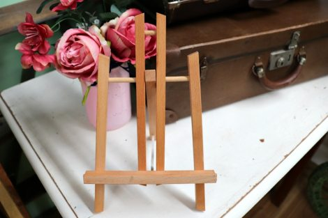 Table-Top Easel - Wood