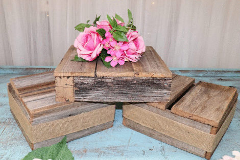 Rustic Riser - Medium Square