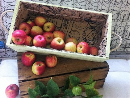 Small Fruit Box - Painted