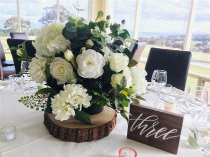 Wooden Disc & Flower Centrepiece