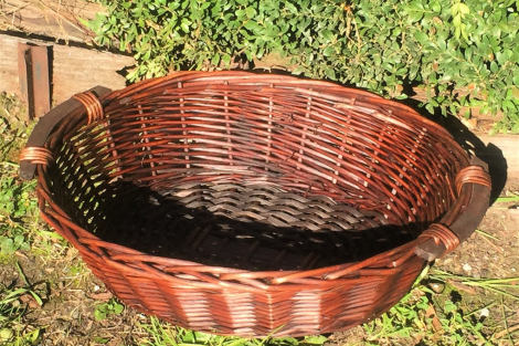 Brown Willow Basket Tray - Oval